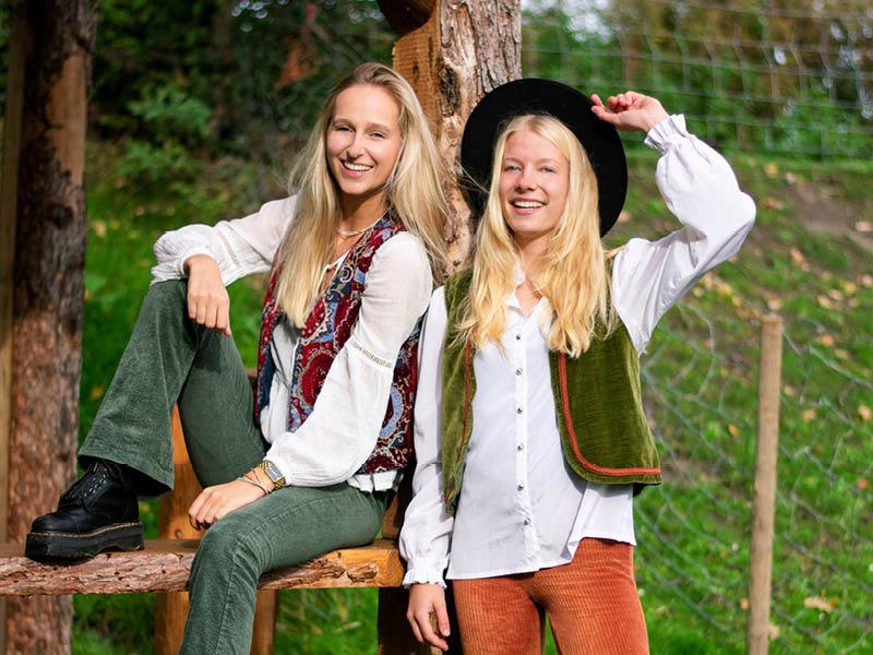 Lea Pauw & Noëlle As – Bomb the Brand